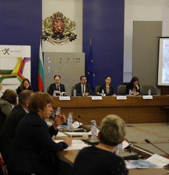 """Работим за наваксване на закъснението в реализацията на мерките за НПО в ОП """"Добро управление"""""""